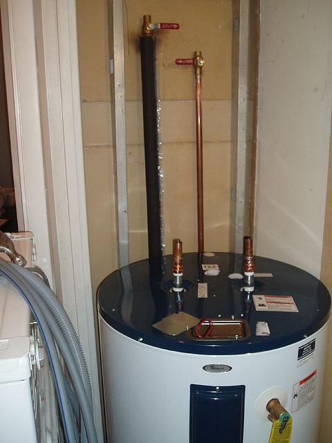 plombiers pour votre r servoir eau chaude qu bec 3 soumissions changement installation. Black Bedroom Furniture Sets. Home Design Ideas
